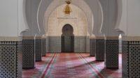Sholat-Masjid