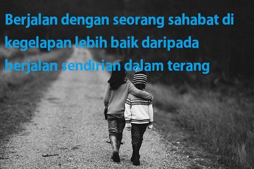 Berjalan dengan sahabat